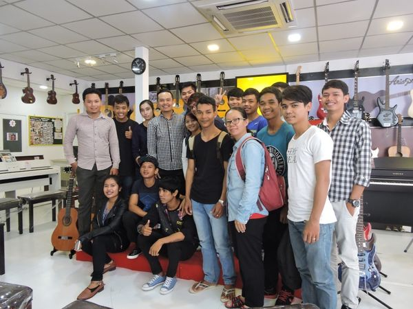Khmer Songwriter Oung Soria promotes Aria Guitars
